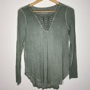 🔴 American Eagle Lace Up Top S